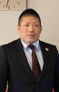 岡田泰典専務