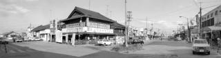 昭和46年12月の津駅前の風景