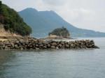 船から見学した甘崎城石垣遺構