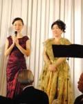 飯田文美さん(左)と小林史子さん