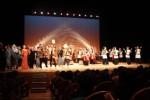 フィナーレは出演者と会場が一丸となった「津音頭」