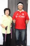 代表の渡辺さん(左)と事務局長の田村さん