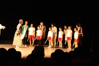 「コノ村『山神』伝」のプレゼンテーション公演