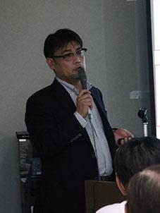 講師の吉村正裕さん
