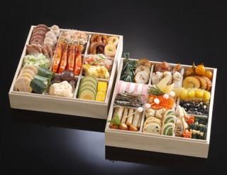 津都ホテルのおせち料理和洋二段重