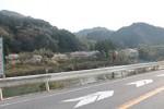 国道163号から望む木津川の風景