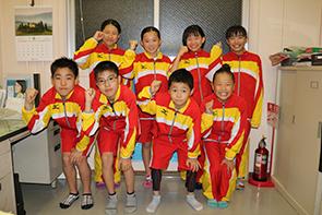 上列左から、藤野ふたばさん、眞弓さん、藤野つぼみさん、富田さん 下列左から、馬瀬さん、小山さん、坂倉さん、池田さん
