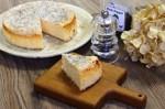 今年出店する「カフェ百時」のチーズケーキ