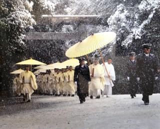 展示作品より「雪の建国記念参道」