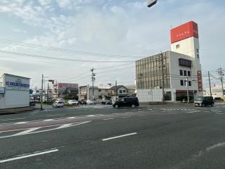 旅のスタート地点の国道165号・雲出本郷町交差点
