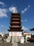 津観音境内にある五重塔