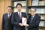 左から尾崎さん、松尾さん、松本副理事長