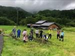 6月28日に行われた草引きイベントの参加者たち